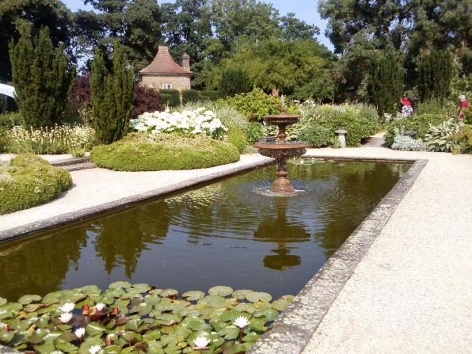 LOSELEY Gardens 6